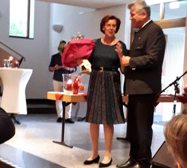 Ehrenmitglied Lilo Wallner wurde 75 Jahre alt